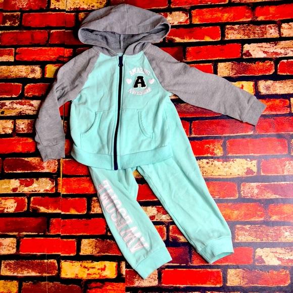 5/$25🖤 2T Girls Healthtex Sweatsuit Set